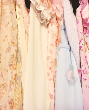 How to Build Your Gyaru Wardrobe
