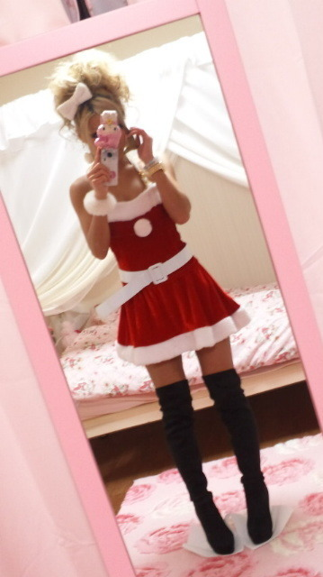 Risa gyaru coord for Christmas