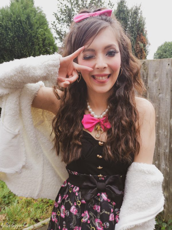 gaijin gyaru Lizzie Bee from the UK