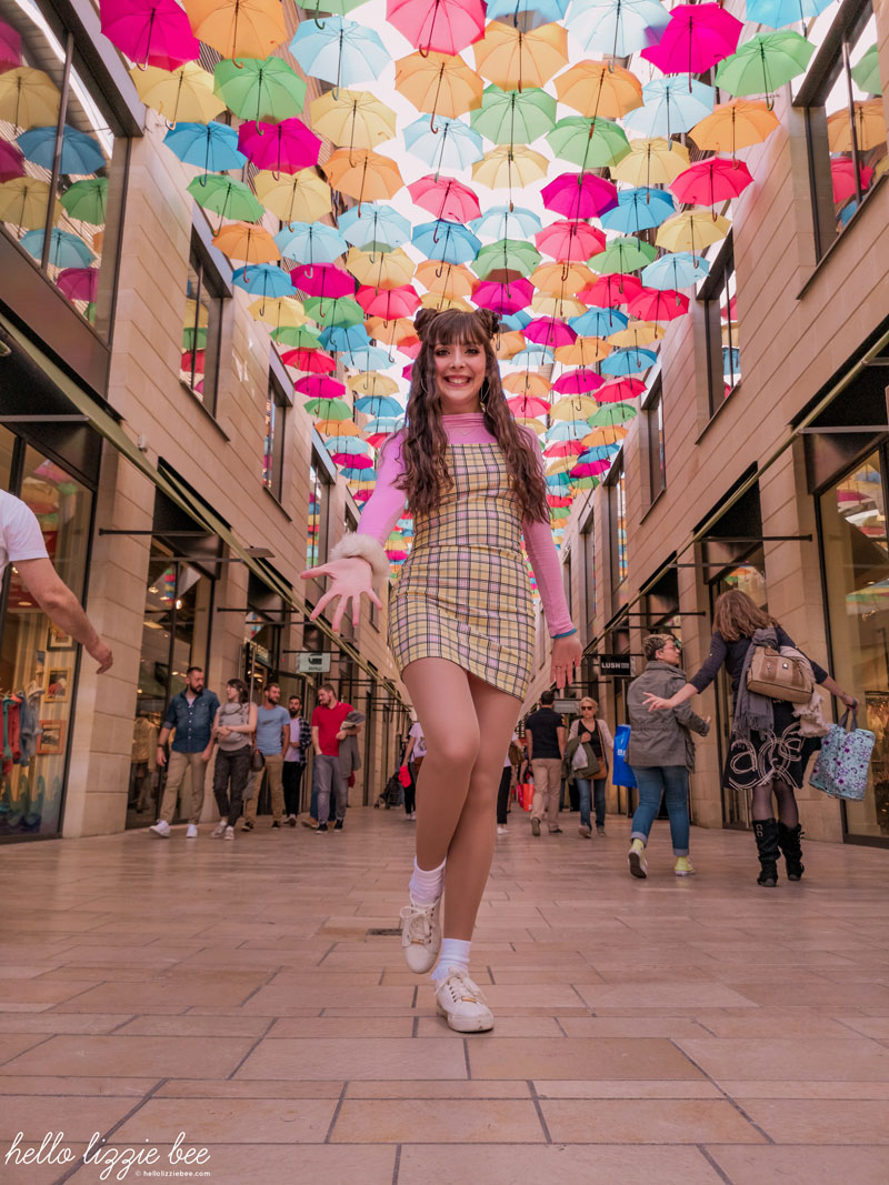 Clueless inspired outfit, Umbrella sky in Bordeaux