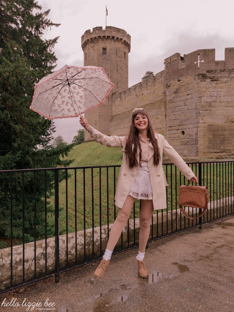 himekaji outfit for a rainy day